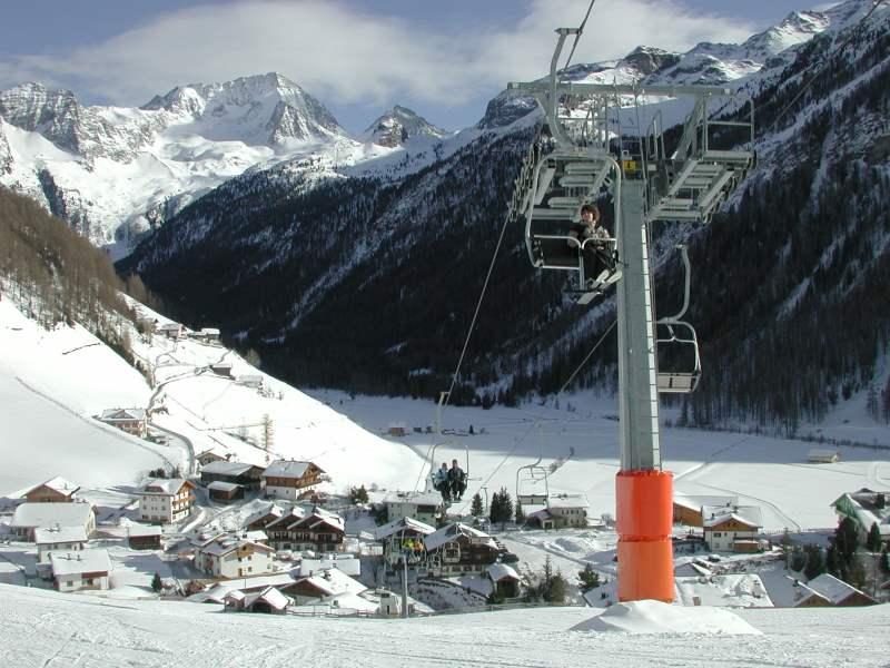 Skilift-und-Piste-Rein-in-Taufers